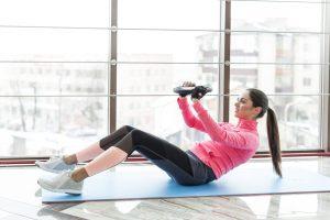 ¿Comer antes de hacer ejercicio? Consejos para nutrirte y evitar lesiones