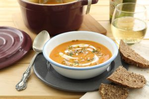 Sopa de zanahorias, coliflor y coco