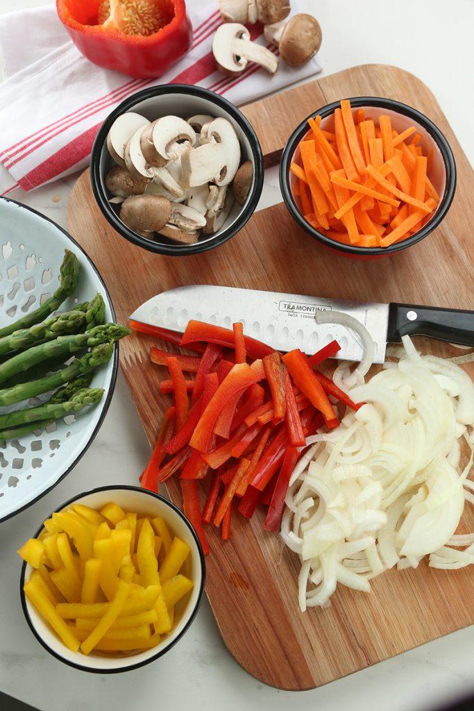 Rolls de con lomo y vegetales