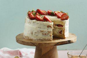 Torta de frutilla y crema