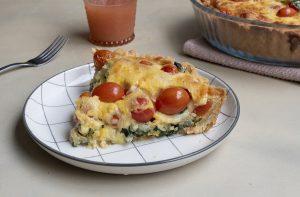 Tarta fácil espinacas, tomates y cebolla