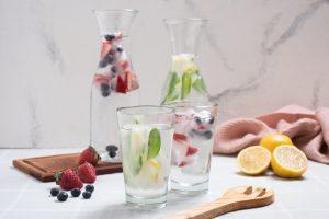 Aguas saborizadas con hielos mágicos