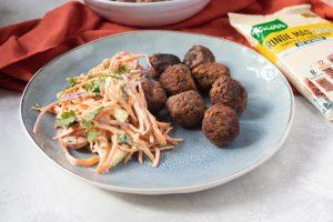 Albóndigas con Knorr Rinde más y Ensalada de Zanahoria al curry